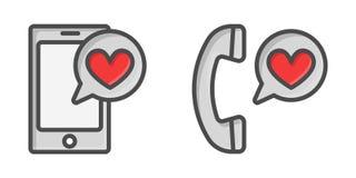 Envoi du concept de message d'amour Le téléphone de participation de main avec le coeur, envoient le bouton sur l'écran Écran tac Photo stock