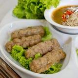 Envoltórios vietnamianos da almôndega (Nam Neung) Fotos de Stock