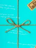 Envoltorio para regalos hermoso Fotos de archivo libres de regalías