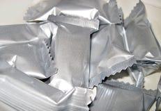 Envolturas del papel de aluminio Fotos de archivo libres de regalías