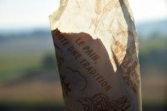 Envolvimento do pão Imagens de Stock Royalty Free