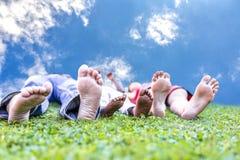 Enyojing liv för familj Fotografering för Bildbyråer