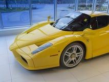 Enzo Ferrari V12 sportbil fotografering för bildbyråer