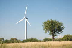 Eoliche de la turbina, en el sud Italia Fotografía de archivo