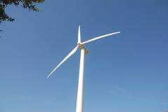 Eoliche de la turbina, en el sud Italia Fotografía de archivo libre de regalías