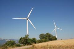 Eoliche della turbina, in sud Italia Immagini Stock Libere da Diritti