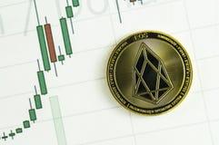 EOS är en modern väg av utbytet, och denna crypto valuta är lämpligt hjälpmedel av betalning i de finansiella och rengöringsdukma Arkivfoton
