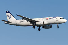 EP-IEB Iran Air, Luchtbus A320 - 200 stock afbeelding