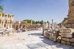 Ephesus,土耳其 图书馆正方形,大理石街道的起点 库存照片