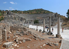 Ephesus hamngata och teater Royaltyfri Bild