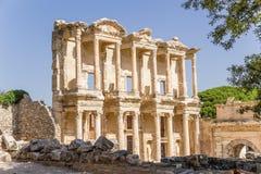 Ephesus, Turquia A fachada da biblioteca de Celsus, 114 - 135 anos Imagens de Stock Royalty Free