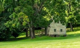 Ephrata klosterhistoriska byggnader i Lancaster County, Pennsylvania Royaltyfri Foto