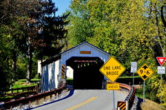 Ephrata, PA: Keller młyn Zakrywający most Obraz Royalty Free