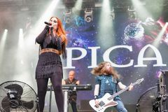 Epica realiza vivo en el festival del fin de semana del atlas en Kiev, Ucrania Fotografía de archivo