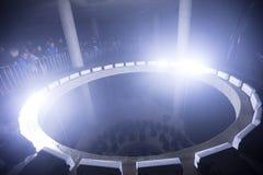 Epicentrum v 2 zasilający kontuszem przy Sygnałowego światła festiwalem 2016 w Praga przy Krajowym pałac salowa lekka instalacja  obrazy royalty free