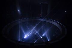 Epicentrum v 2 zasilający kontuszem przy Sygnałowego światła festiwalem 2016 w Praga przy Krajowym pałac salowa lekka instalacja  zdjęcie stock