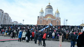 Epiphany in Obolon in Kiev, de Oekraïne, stock footage