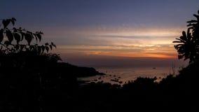 Epische 4K zonsondergang timelapse op tropisch eiland Koh Tao, Thailand stock videobeelden