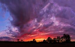 episk midwest solnedgång Royaltyfria Bilder