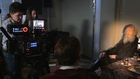 Episodio del tiroteo de una película almacen de metraje de vídeo