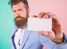 Eps 10 Position för ockupation för kortkopieringsutrymme yrkesmässig Känn den fria kontakten mig Affärsmanhållmellanrum arkivfoton