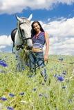 Equestrian com um cavalo fotografia de stock royalty free