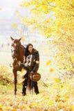 Equestrian con su caballo Imagen de archivo