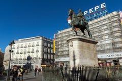 Equestrian statua Carlos III przy Puerta Del Zol w Madryt, Hiszpania zdjęcie stock