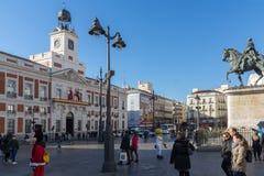 Equestrian statua Carlos III przy Puerta Del Zol w Madryt, Hiszpania obrazy stock