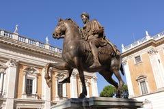 Equestrian statua Marcus Aurelius w Rzym, Włochy zdjęcia stock