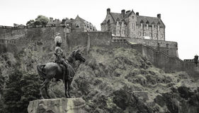 Equestrian statue with edinburgh castle in background Stock Photos