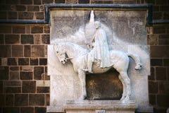 Equestrian statuy kościół nasz dama Bremen obrazy royalty free