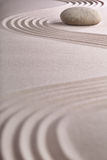 Equilibrio japonés del espiritual del jardín del zen de la meditación Imágenes de archivo libres de regalías