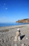 Equilibrio perfetto alla spiaggia di Sougia Fotografia Stock