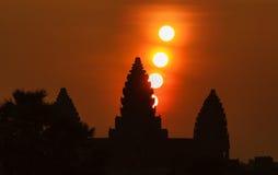 Equinoccio de primavera del templo de Angkor Wat fotos de archivo