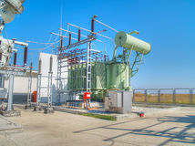 Высоковольтная электрическая подстанция Стоковая Фотография