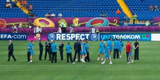 A equipa de futebol nacional holandesa testa o passo foto de stock