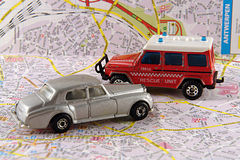 Equipa de salvamento dos problemas e da polícia do carro Foto de Stock