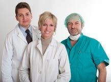 Equipa médica de sorriso foto de stock