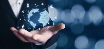 Equipaggi il globo della tenuta con i simboli dell'euro e del dollaro Concetto del globa Fotografie Stock