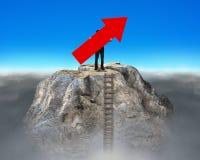 Equipaggi il segno della freccia della tenuta sul picco di montagna del dollaro Fotografie Stock Libere da Diritti