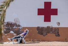 Equipaggi il sonno alla posta dell'aiuto di marzo Menor a Murcia Fotografie Stock