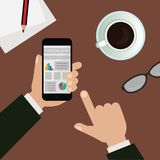 Equipaggi il telefono della tenuta che guarda le notizie finanziarie nell'illustrazione dell'ufficio fotografie stock libere da diritti