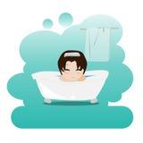 Equipaggi la presa del bagno di bolla di rilassamento nel bagno acquazzone Immagine su igiene personale Fotografie Stock Libere da Diritti