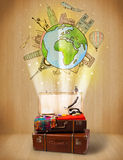 Equipaje con concepto del ejemplo del viaje en todo el mundo Imagen de archivo libre de regalías
