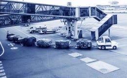 Equipaje del transporte aéreo imágenes de archivo libres de regalías