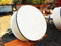 Imagem detalhada de comunicações da parte com uma antena da telecomunicação Fotografia de Stock Royalty Free