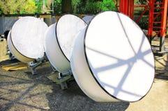 Imagem detalhada de comunicações da parte com uma antena da telecomunicação Imagens de Stock Royalty Free