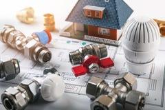 Equipamento da instalação do sistema de aquecimento da casa imagem de stock