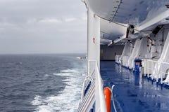 Equipamento das poupanças de vida em um navio imagem de stock royalty free